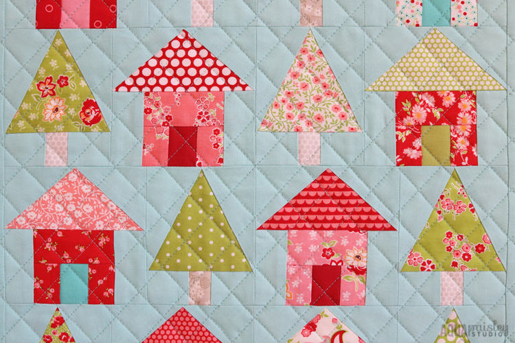 Weekend Quilting - Avenues Mini Quilt