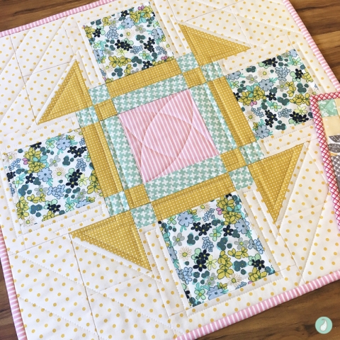 Trip Around the World Mini Quilt | Tutorial by Aqua Paisley Studio