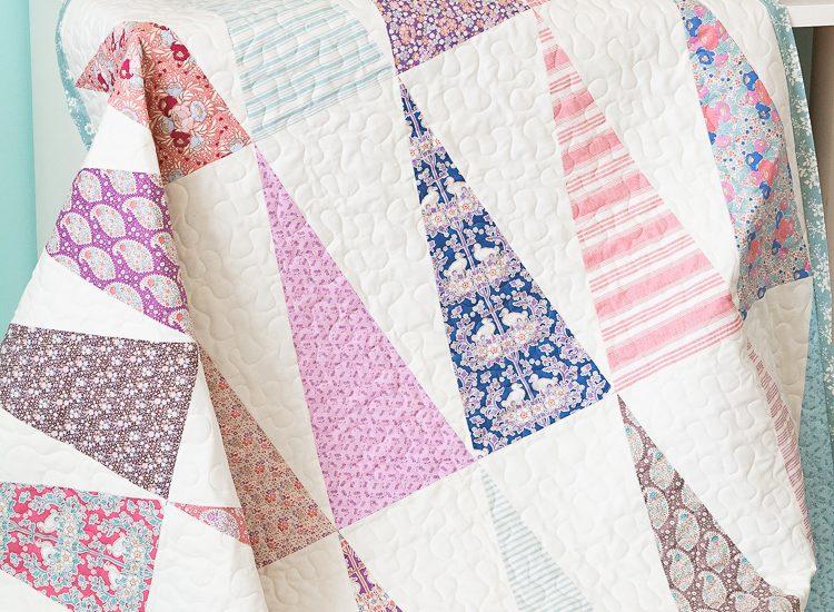 Triangle Quilt   Aqua Paisley Studio